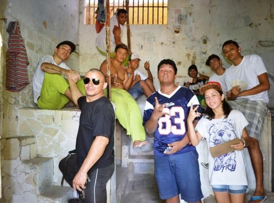 Apologia do Gueto lança videoclipe gravado dentro de penitenciária cearense