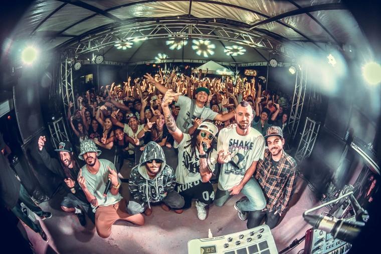 Ajude a ConeCrewDiretoria cantar no Brazilian Day, em San Diego