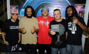 Confira a galeria de fotos da tarde de autógrafos do Sandrão na Gringos Record's