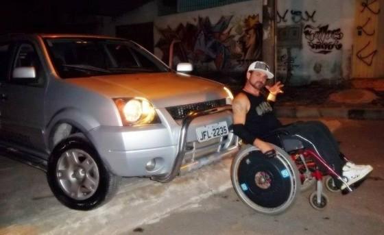 """Conheça o trabalho do rapper Real com o videoclipe """"Canto de Paz"""""""