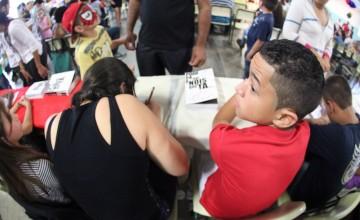 Concurso literário quer descobrir jovens escritores da periferia paulista
