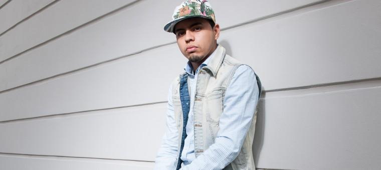 Conheça o trabalho de FNX, um rapper brasileiro que mora na Suiça