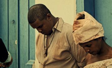 """Clipe """"Eu Só Peço a Deus"""" do Inquérito questiona escravidão e racismo"""