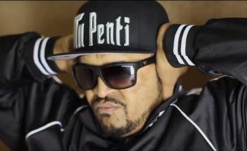 """Moysés transmite parte da sua história com o videoclipe """"Estou Vivo"""". Assista!"""