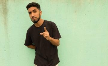 """Rashid faz show do disco """"A Coragem da Luz""""no Sesc Pompeia"""
