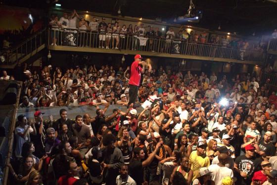Dexter e Mv Bill fazem show memorável em São Paulo