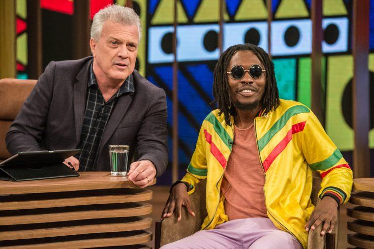 Hoje tem Rincon Sapiência no Conversa com Bial da TV Globo