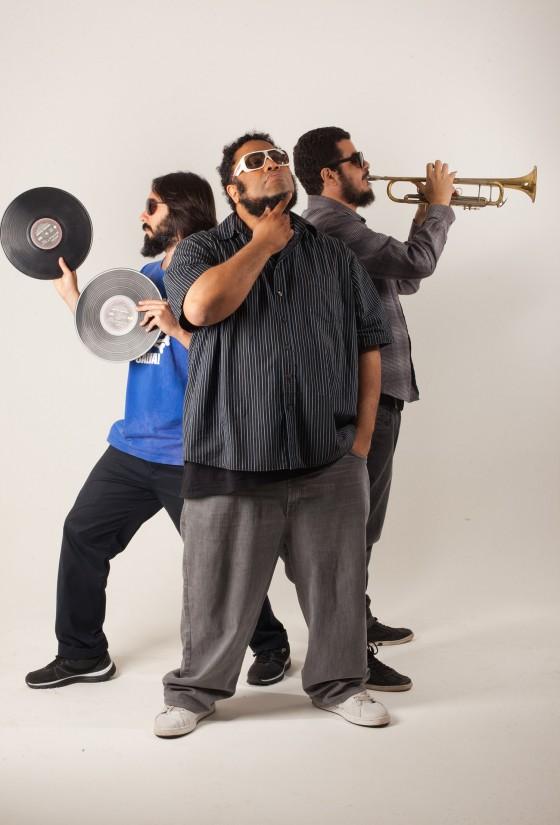 BNegão esta de volta com o seu projeto BNegão Trio!