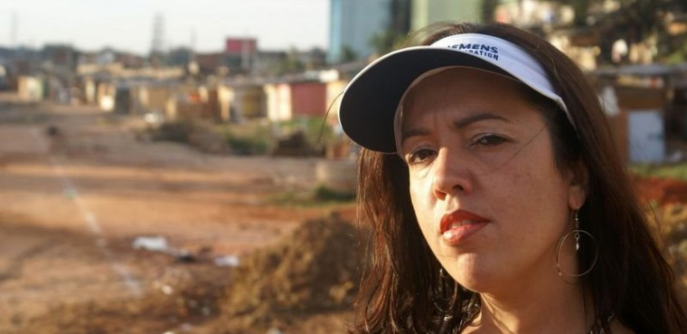Dia da Mulher: Dina Di, a eterna rainha do RAP NACIONAL