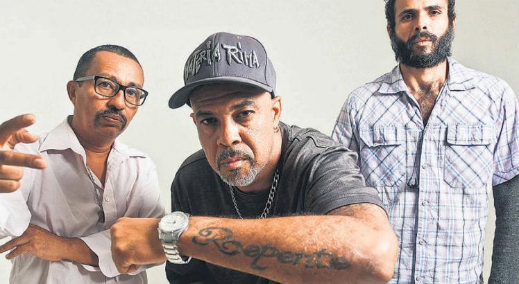 Faces do Subúrbio entra em estúdio para gravar disco de inéditas