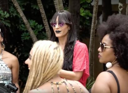 """Mc Gra lança curta-metragem """"A Pegada"""" com mulheres fortemente armadas"""