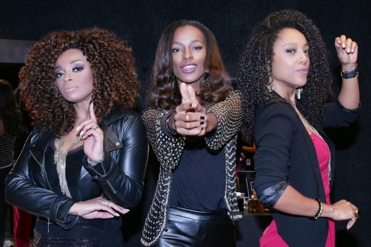 """Negra Li, Paula Lima e Pathy Dejesus gravam versão da música """"Cabelo"""", produzida por Thaíde"""