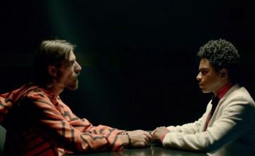 Xis, Dexter e Tropkillaz participam de trilha sonora de filme gangster brasileiro